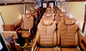Xe Limousine 19 ghế