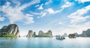 Du lịch Miền Bắc 3 ngày 2 đêm: Hà Nội - Bái Đính - Tràng An - Vịnh Hạ Long - Tuần Châu